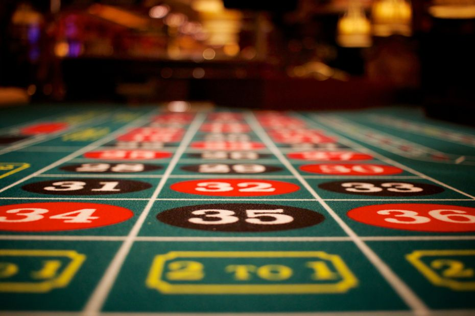Seven Lessons You Possibly Can Study From Bing About Casino